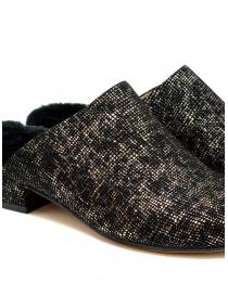 Scarpe Tracey Neuls con pelliccia nere e oro calzature donna acquista online