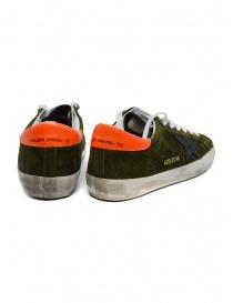 Sneaker Golden Goose Superstar scamosciata verde con stella nera