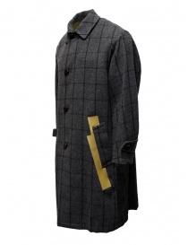 Cappotto Kolor grigio a quadri con bande dorate