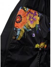 Cappotto Kapital nero con dettaglio fodera a fiori cappotti donna prezzo
