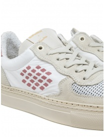 BePositive VeeShoes Track_09 sneakers in white and pink mens shoes buy online