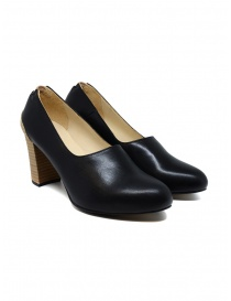 Womens shoes online: Petrosolaum black leather decolleté shoes