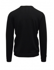 Goes Botanical black sweater V-neckline