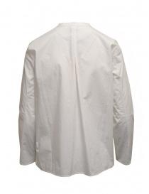 Sara Lanzi camicia bianca con colletto alla coreana