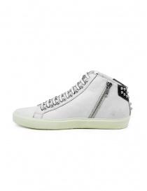 Leather Crown Studborn sneakers alte bianche e nere con borchie