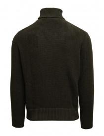 Ballantyne Raw Diamond brown, camel, white turtleneck sweater