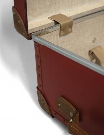Valigia rossa con ruote Globe Trotter serie Centenary 30'' valigeria acquista online