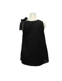 Sara Lanzi black top