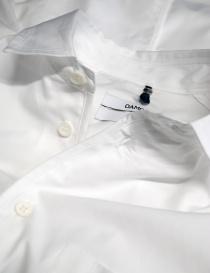 Camicia OAMC bianca con elastico in vita e sui polsi